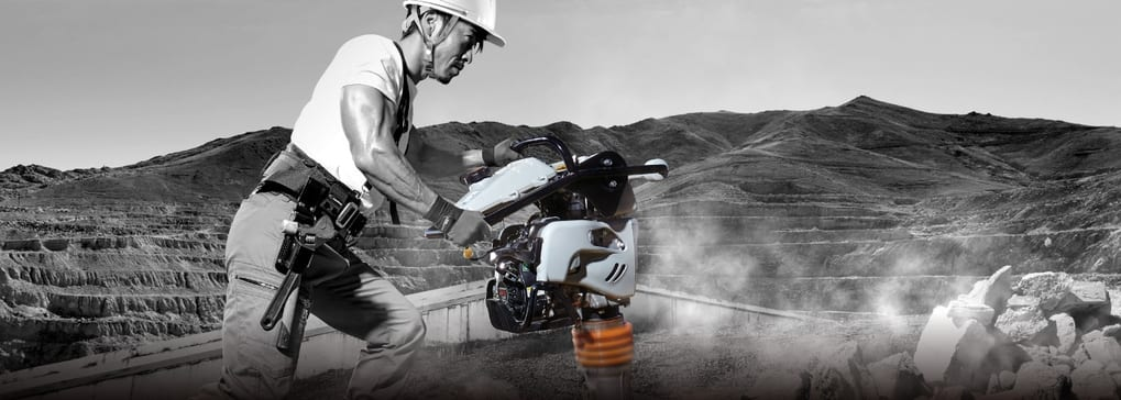 spray plastering machine suppliers in UAE